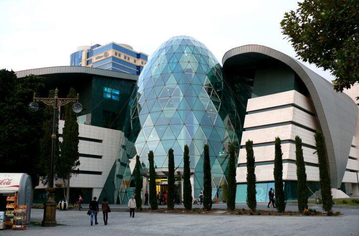 تورهای  موزه ها ، دیدنی ها و ابنیه تاریخی