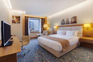 هتل باکو ، هتل هالیدی این باکو ، رزرو هتل هالیدی این باکو