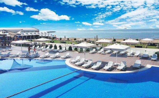Baku-Ramada-Hotel-8