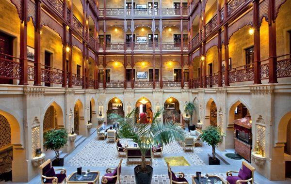 تور باکو با هتل تاپ موزه چهار ستاره شاه پلس