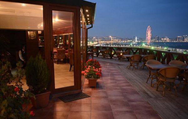 تور باکو زمینی در هتل چهار ستاره ریویرا مشرف به دریا