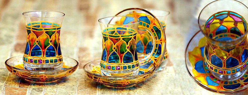 سوغاتی های باکو - استکان های رنگی