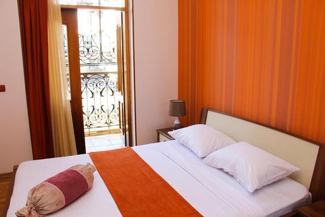 هتل الد سیتی باکو