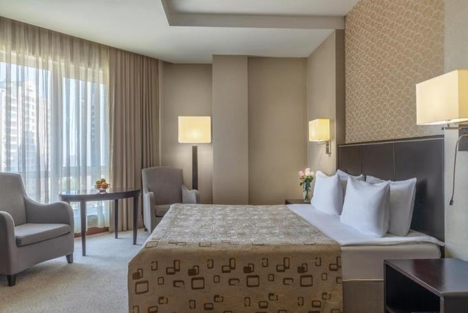هتل پوینت باکو ، رزرو هتل باکو ارزان
